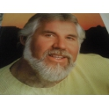 KENNY ROGERS EYES THAT SEE IN THE DARK