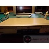 Hitachi DV-P315